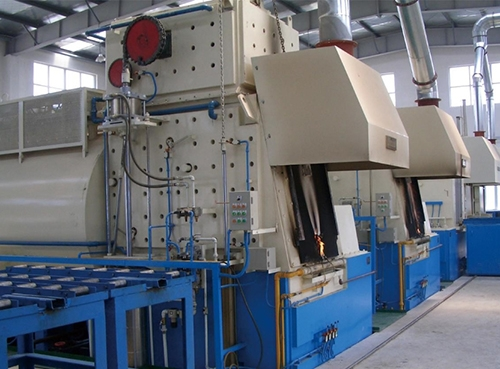 密封箱式多用炉生产线